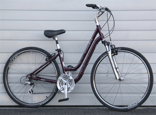 16 Quot Trek 7300 Wsd Women S Aluminum Hybrid Utility Bike 5