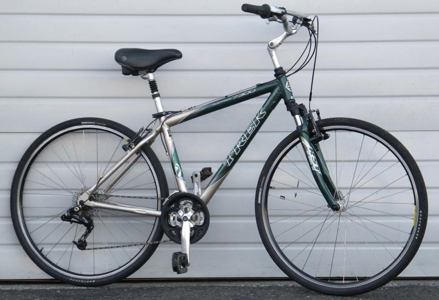 17 5 Quot Trek 7300 Aluminum Hybrid Utility Bike 5 7 Quot 5 10 Quot