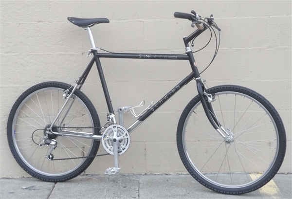 "22"" SCHWINN Sierra Comp 21 Speed Classic Mtn City Utility Bike ~6'0""-6'3"""