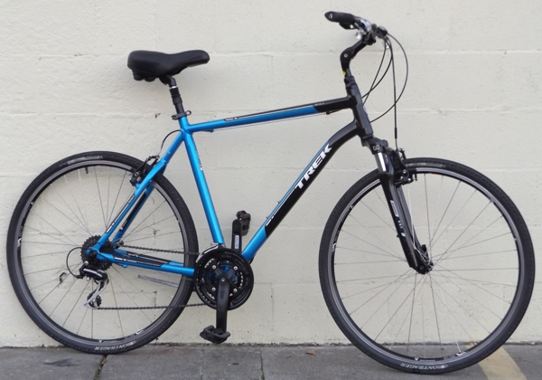 "22.5"" TREK Verve 3 Aluminum Suspension Utility Bike ~6'1""-6'4"""