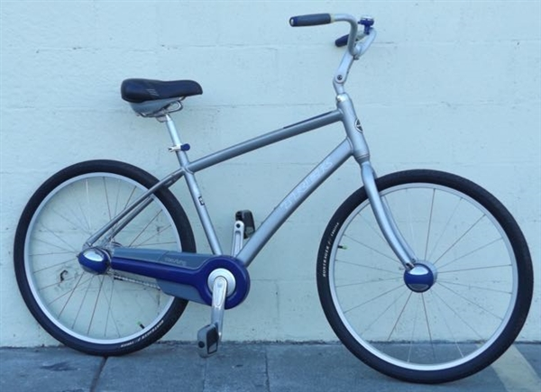"18.5"" TREK Lime 3 Speed Automatic Shifting Comfort Cruiser Hybrid Bike ~5'6""-5'10"""